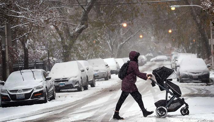 امریکا میں برفانی طوفان سے 6ہلاک ، 70فیصد علاقوں میںنظام زندگی مفلوج