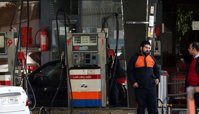 ایران میںتین گنا پٹرول قیمتیںبڑھنے پر عوام سراپا احتجاج
