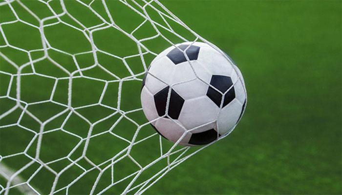 حریف کو 27 گول سے ہرانے پر فٹبال ٹیم کا کوچ برطرف
