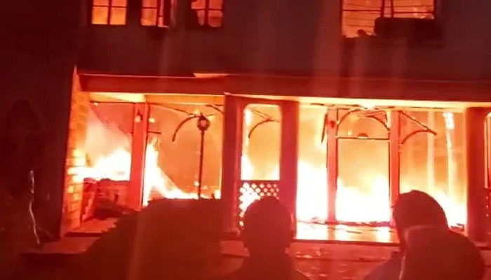 بھارت ،117سال قدیم چرچ میں آتشزدگی سے 2 افراد ہلاک