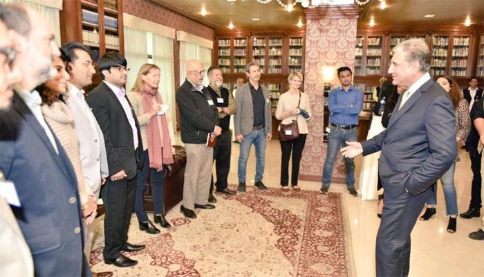 کافی ٹائم کے عنوان سے عالمی میڈیاسےرابطے، وزارت خارجہ میں پہلی ملاقات