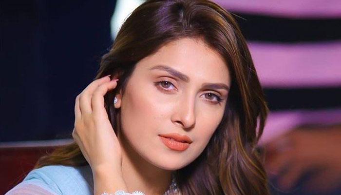 اب وقت آگیا ہے کہ نفرت کو پیار میں تبدیل کیا جائے، عائزہ خان