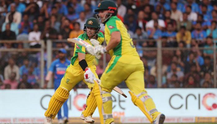 پہلا ون ڈے، آسٹریلیا کیخلاف بھارتی بیٹنگ، بولنگ فلاپ، 10  وکٹ سے شکست