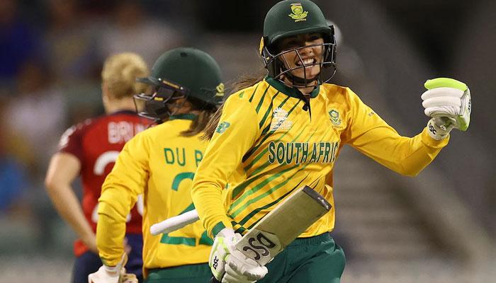 خواتین ورلڈکپ،جنوبی افریقا کامیاب