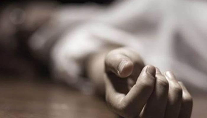 نوجوان لڑکی کا اقدام خودکشی، مختلف حادثات و واقعات میں 7 افراد ہلاک، 18 زخمی، تیز رفتار رکشہ الٹ گیا