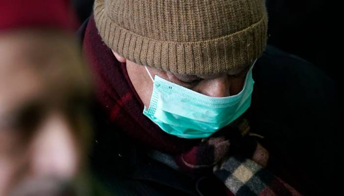 کورونا وائرس، برطانوی حکومت نے این ایچ ایس کیلئے ڈھائی لاکھ رضاکاروں کی خدمات مانگ لیں