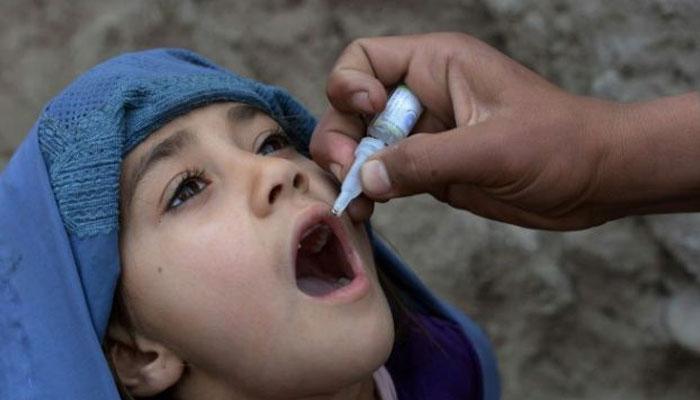 کورونا وائرس، افغانستان میں حفاظتی ٹیکوں کا پروگرام روکنے سے پولیو کیسز میں اضافہ
