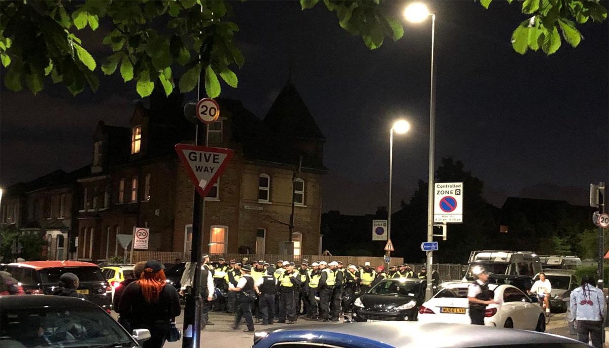 پولیس نے کالپھم کامن اور ٹوٹنگ میں دو غیرقانونی اسٹریٹ پارٹیاں ختم کرادیں