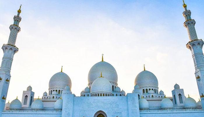 امارات میں یکم جولائی سے مساجد اور عبادت گاہیں کھولنے کا اعلان