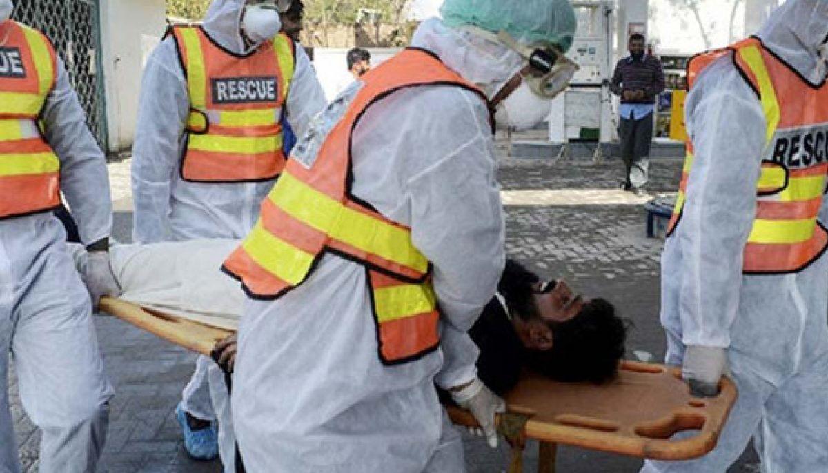 پاکستان، کورونا کیسز میں کمی، اموات بڑھ گئیں، 2689  کی حالت نازک