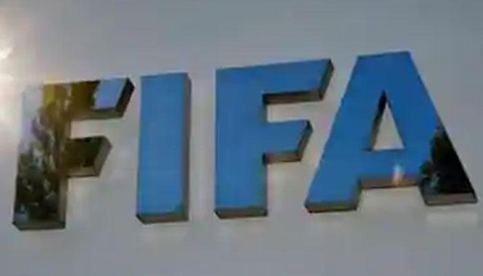 فیفا گرانٹ جلد کھلاڑیوں میں تقسیم کی  جائے، رئیس خان
