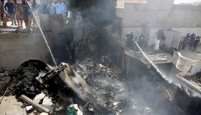 طیارہ حادثہ میں جاں بحق مسافروں کا قیمتی سامان لواحقین کے سپرد کرنے کا فیصلہ