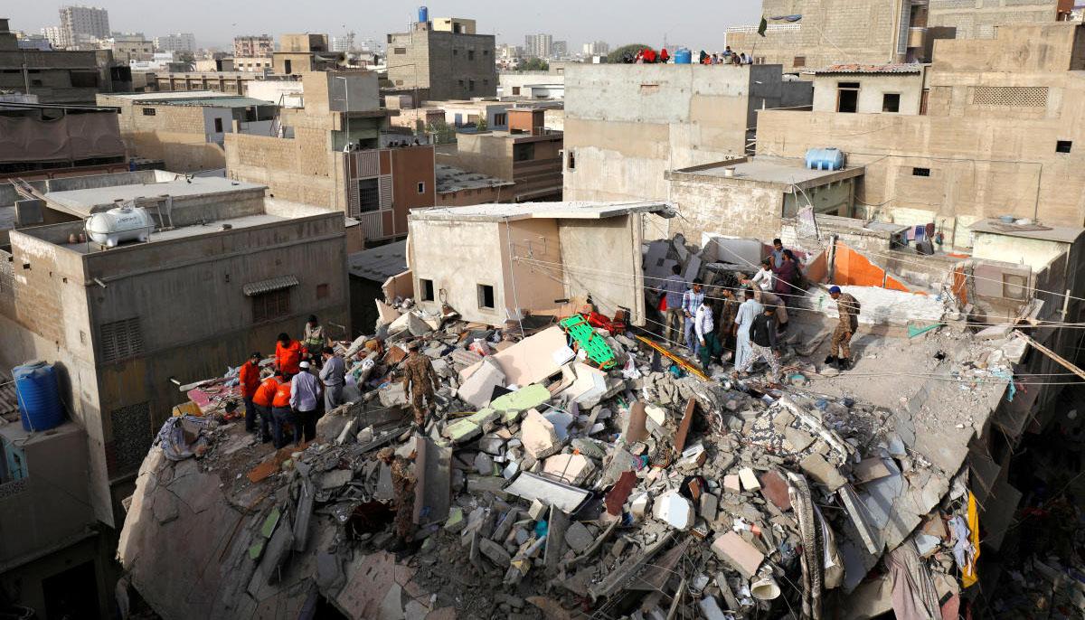 نارتھ ناظم آباد، بنگلے توڑ کر عمارتیں بنانے کا سلسلہ جاری
