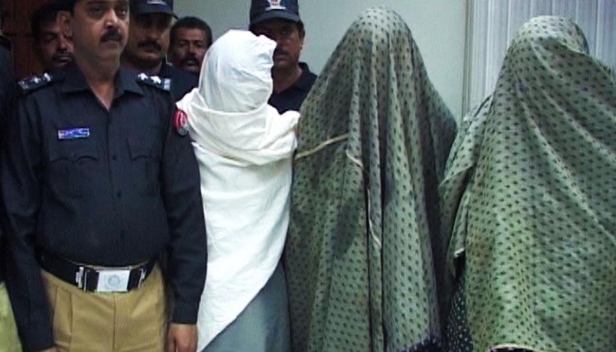 پولیس نے مختلف کارروائیوں کے دوران 4 ملزمان کو گرفتار کر لیا