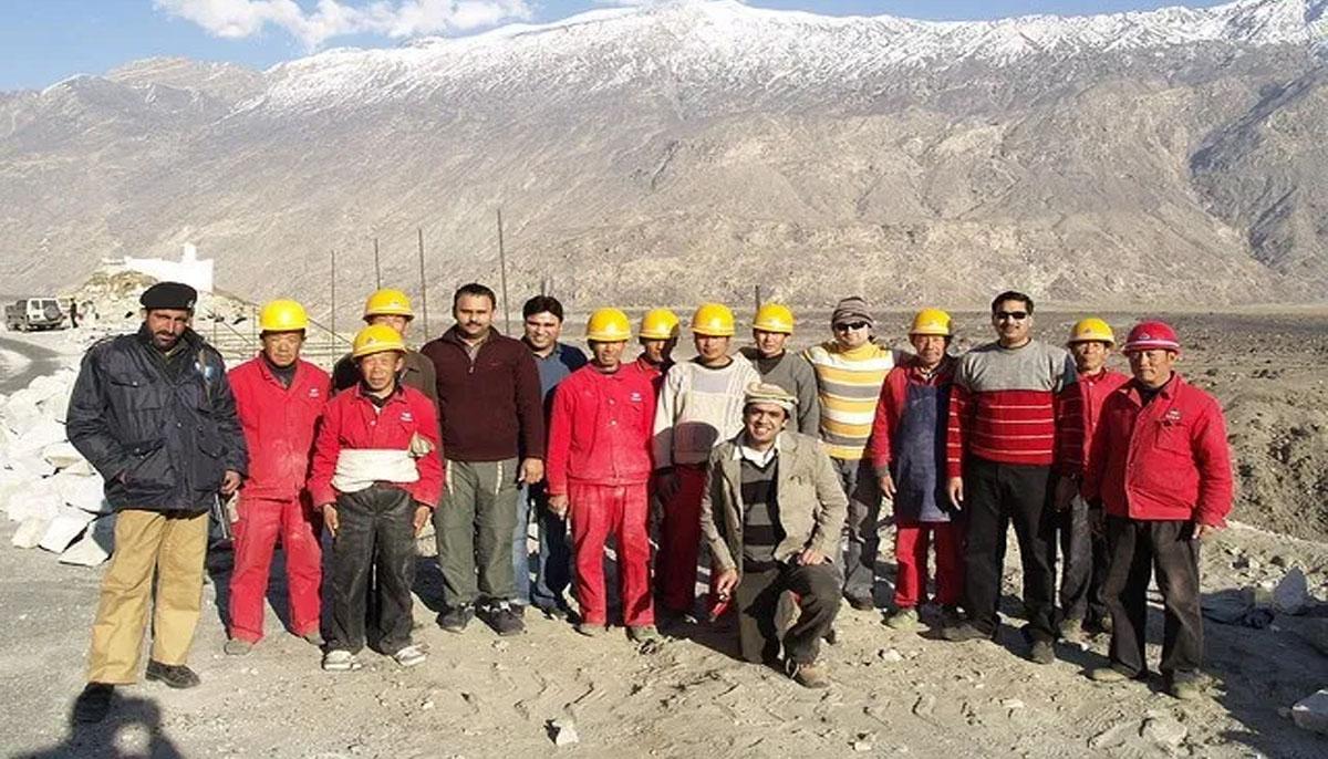 کروٹ پن بجلی گھر کی تعمیر کیلئے 118چینی کاریگر خصوصی پرواز سے پاکستان پہنچ گئے