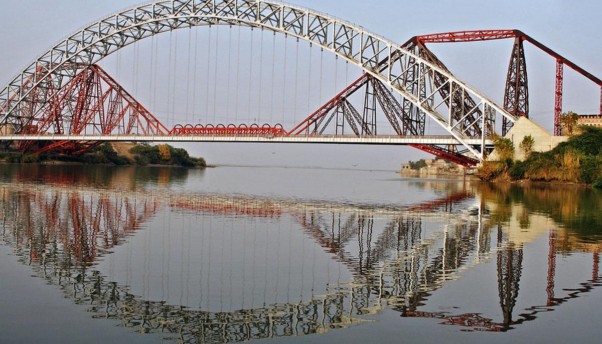 سکھر،دریائے سندھ پر تعمیر لینس ڈاؤن برج کی عمر پوری ہوگئی