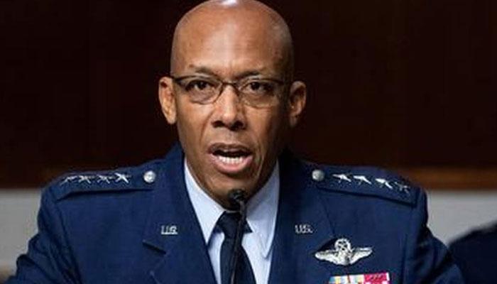 جنرل براؤن امریکی فضائیہ کے پہلے سیاہ فام سربراہ بن گئے