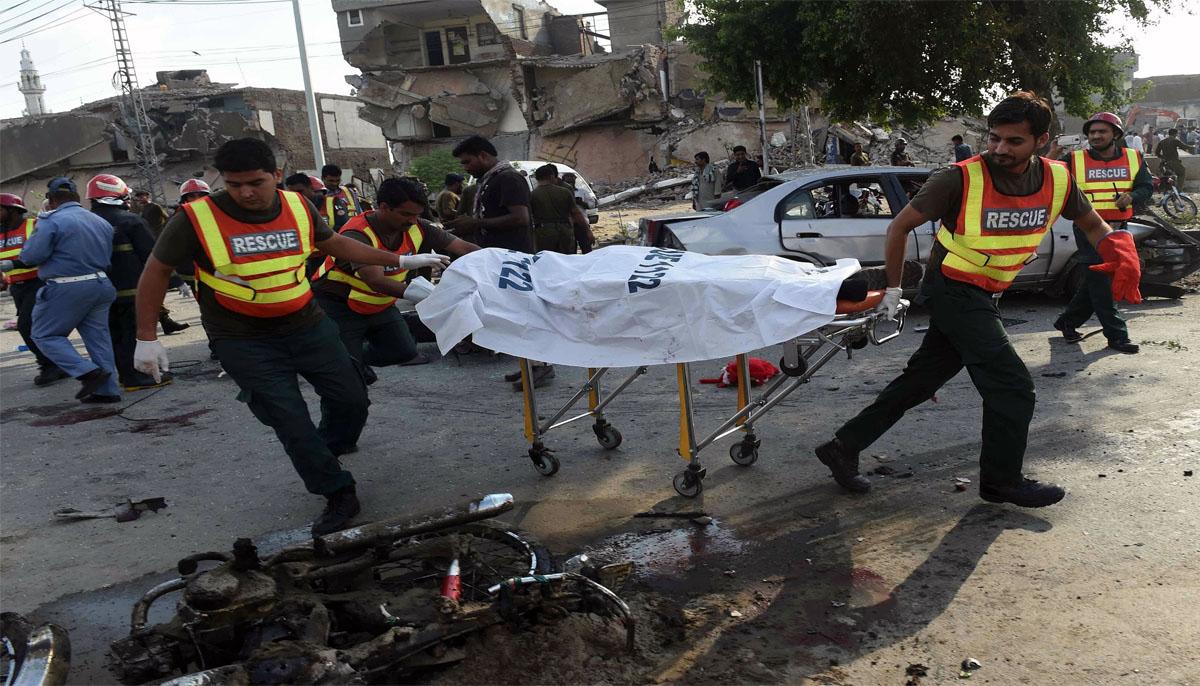 تربت'مستونگ اورنوشکی میںبم دھماکے راہ گیر شہید'خاتون سمیت 5افرادزخمی