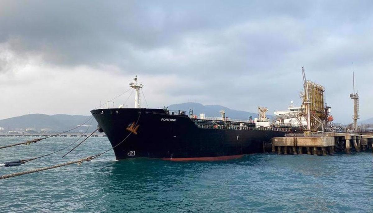 امریکا نے وینزویلا ایندھن لے کر جانیوالے4ایرانی بحری جہاز پکڑ لیے