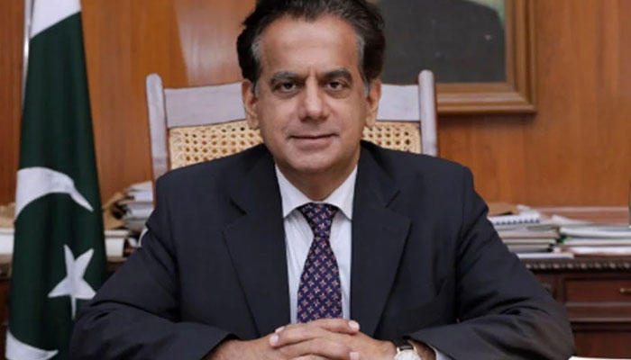 شہر کی مختلف چورنگیوں اور فٹ پاتھوں کو بہتر بنایا جائیگا، ایڈمنسٹریٹر کراچی