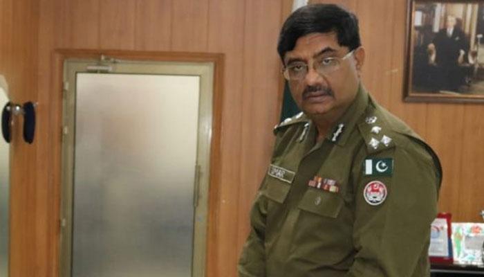 سی سی پی او لاہور نے ڈی ایس پی کے ریڈر اور گن مین کو گرفتار کروادیا