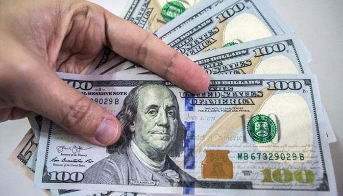 امریکا کی ایرانی شخصیات و اداروں پر پابندیاں، ڈالر سوا 2 لاکھ ریال کا ہوگیا