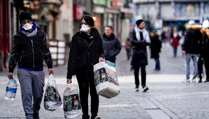 بلجیم میں کورونا پھیلاؤ روکنے کیلئے فیز 4 کا اعلان، ریسٹورنٹ اور بار بند، رات کا کرفیو نافذ کردیا گیا