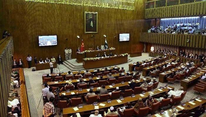 سینیٹ'کراچی واقعہ کی فوری عدالتی انکوائری کرائی جائے' قرارداد پیش