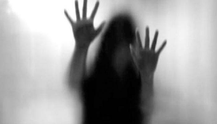 لاہور میں پولیس اہلکار کی فنکارہ سے زیادتی