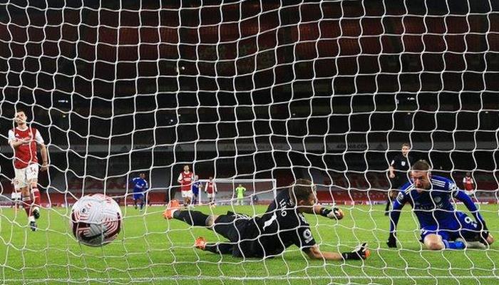 انگلش فٹبال: لیسٹر سٹی کی 47برس بعد آرسنل کے خلاف فتح