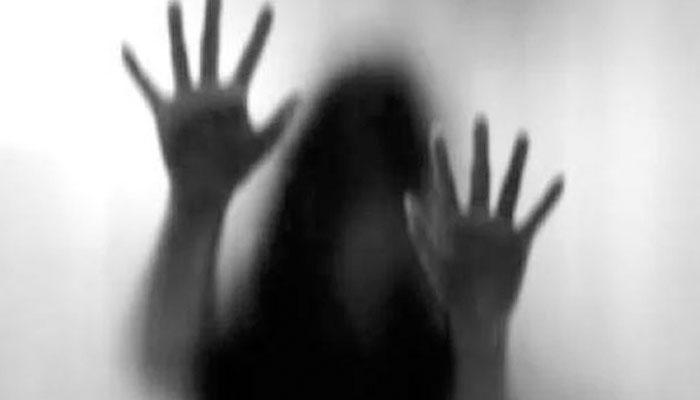 فیصل آباد، جی سی یونیورسٹی کی طالبہ سے 4 افراد کی اجتماعی زیادتی،ویڈیو بنا لی