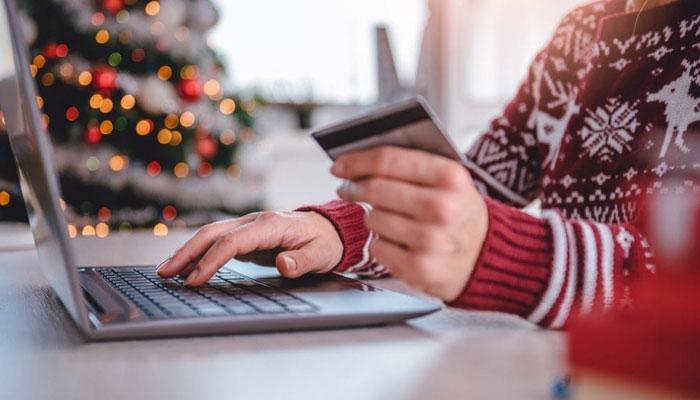 فراڈیئے آن لائن کرسمس شاپنگ کرنے والوں کو ٹارگٹ کر رہے ہیں