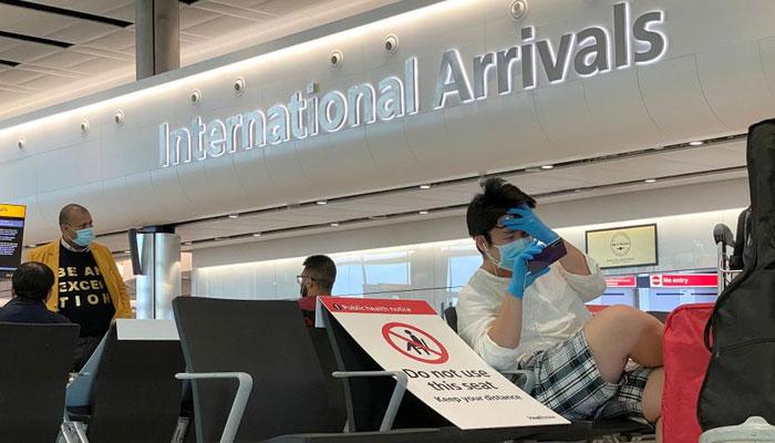 مسافروں کیلئے عائد 14 روزہ قرنطین پالیسی کو 5 یوم تک لانے کیلئے غور شروع