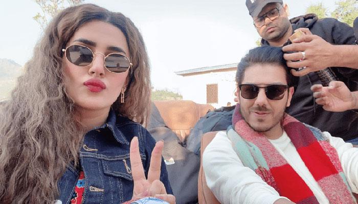 گوہر ممتاز اور کبریٰ خان کی فلم ''ابھی''کی کشمیر میں عکسبندی جاری