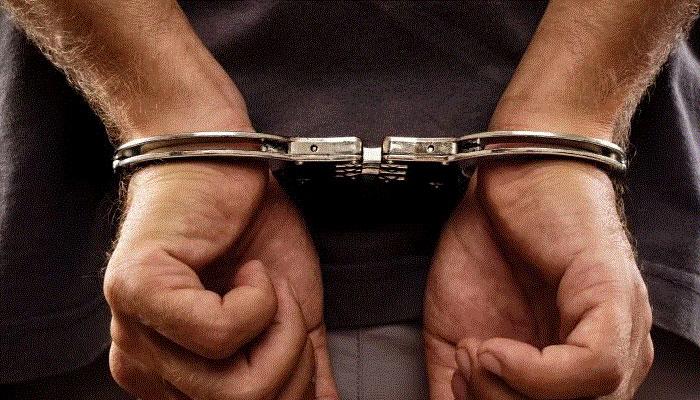 میڈیکل انٹری ٹیسٹ پرچہ آؤٹ کرانے کا جھانسہ دیکر لوٹنے والا گروہ گرفتار