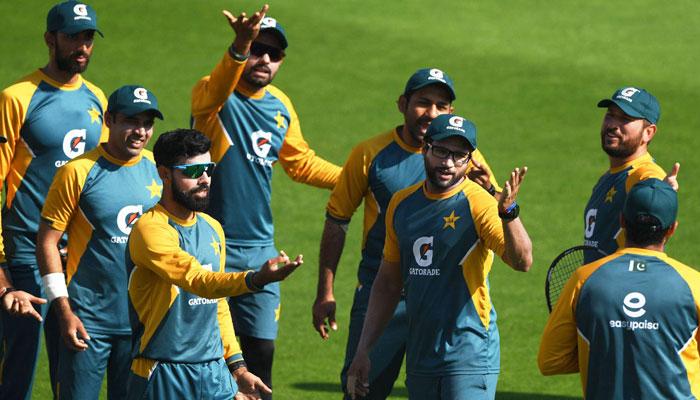 نیوزی لینڈ کو پاکستانی کرکٹرز سے کورونا پھیلنے کا خطرہ، پی سی بی حکام پریشان، سیریز داؤ پر لگ گئی