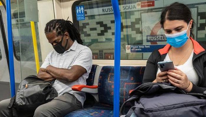 ٹرانسپورٹ فار لندن کا ماسک نہ پہننے والوں کیخلاف کریک ڈاؤن