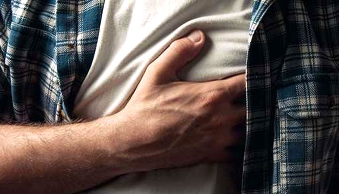 انگلینڈ میں دل کے دورہ کے باعث لائے جانے والے افراد کی تعداد میں کمی