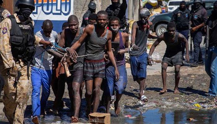 ہیٹی میں سیکڑوں قیدی جیل سے فرار، پولیس اور فرار ملزمان میں جھڑپیں، 25 افراد ہلاک