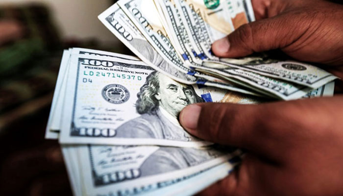 انٹر بینک، ڈالر 40 پیسے سستا