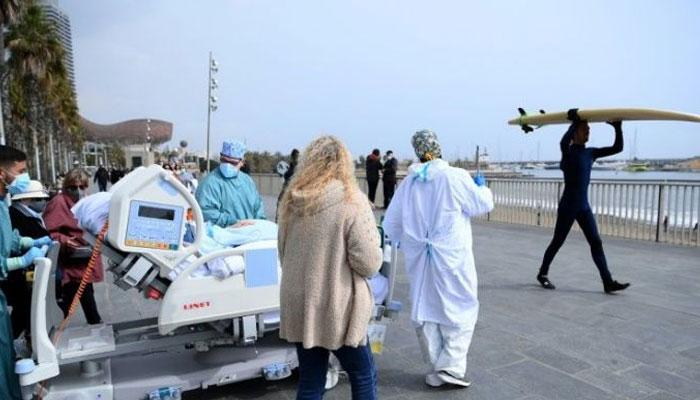 اسپین میں ICU  کے مریضوںکیلئے سمندر کنارے عزیزوں سے ملن پروگرام