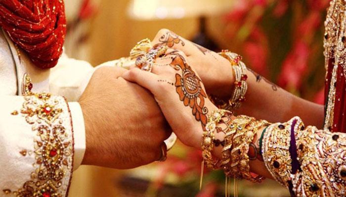 نارووال، انوکھی شادی، باراتیوں نے 20  لاکھ روپے کے کرنسی نوٹ نچھاور کردئیے