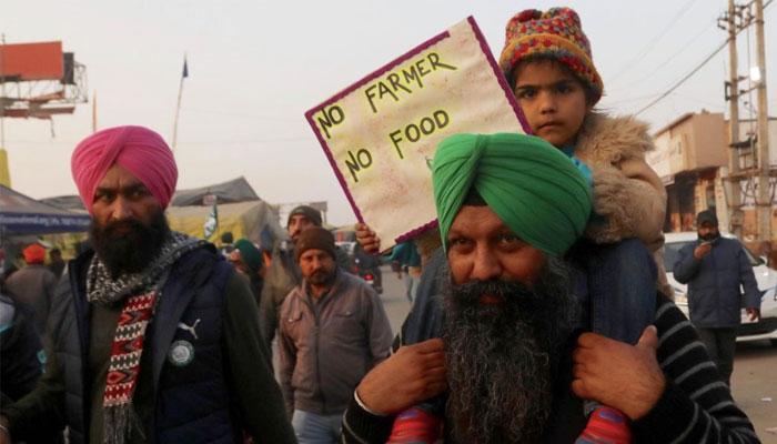 بھارتی کسانوں کا ا حتجاج جاری، پارلیمنٹ کے باہر منڈی لگانے کا اعلان