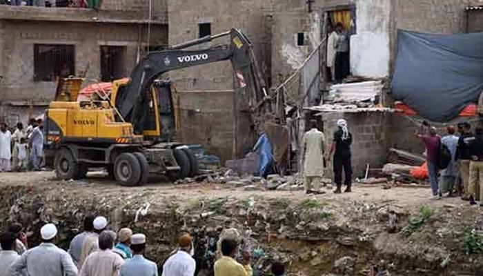 اورنگی اور گجر نالہ پر تجاوزات کے خلاف آپریشن جاری