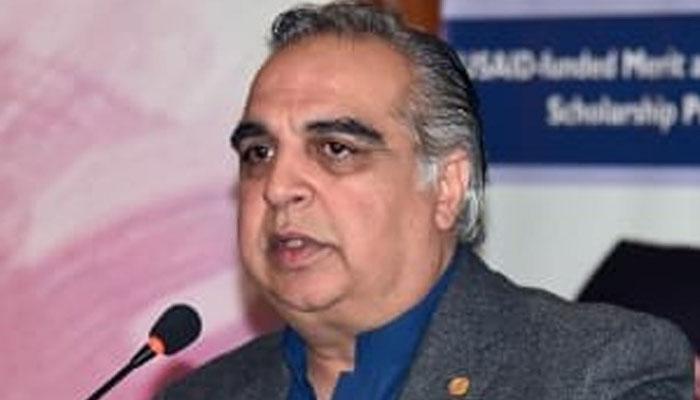 پاکستانی گھرانوں نے وباء سے نمٹنے کیلئے مخالف حکمت عملی اپنائی، گورنر سندھ