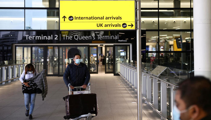 ٹریفک لائٹ نظام، مئی سے بین الاقوامی سفر کا آغاز کریں گے، برطانوی حکومت