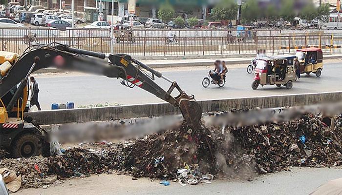 ضلع شرقی،مختلف علاقوںمیں صفائی کاکام جاری