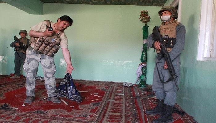 افغانستان، تراویح کے دوران مسجد میں فائرنگ سے 8 افراد شہید، 5 سگے بھائی شامل
