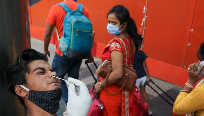 کورونا، بھارت میں ایک اور ہلاکت خیز دن، ڈھائی لاکھ نئے کیسز