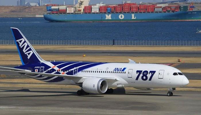 جاپانی ایئر لائن کا پائلٹ دوران پرواز فالج سے بے ہوش